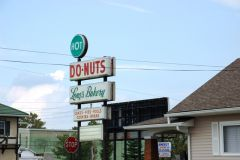 Old US 136: No other donut in the free world compares to Lon