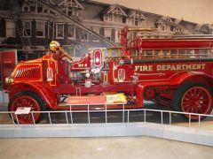 1918 Mack AC Pumper Firetruck