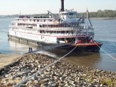 DELTA QUEEN - Moored at Greenbelt Park, Memphis, TN -30 OCT
