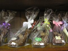 Confections Inside 4.JPG