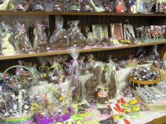 Confections Inside 2.JPG