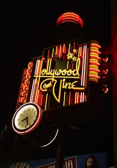 Hollywood Neon Art