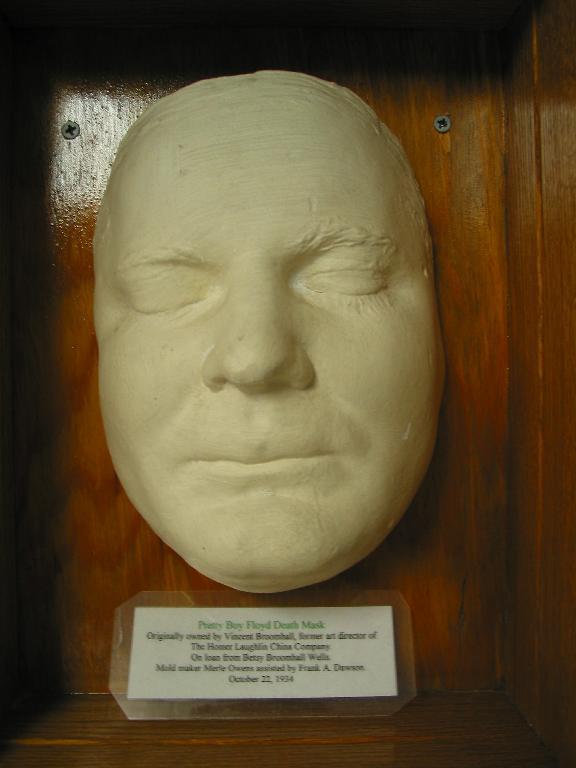 Pretty Boy Floyd's Death Mask