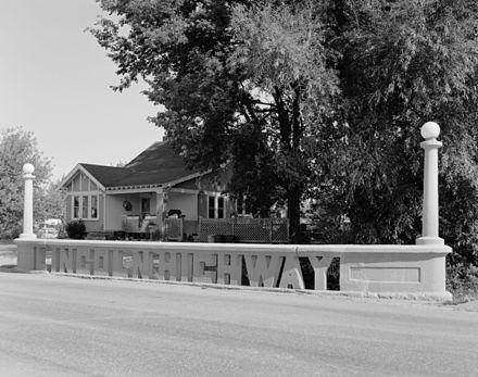 440px Lincoln Highway bridge 051549pu